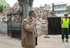 Rozbiórka przy synagodze w ...