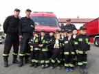"""Konin. Mali strażacy z """"Bajki"""" z wizytą u starszych kolegów"""