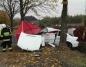Tragedia w Kotwasicach. Dwie ofiary wypadku samochodowego