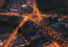 Ulice w Turku od rana oświetlone latarniami