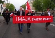 Alejami 1 Maja w Koninie jak co roku przemaszerował pochód
