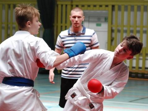 Pierwsze zawody Shooters Konin. Było karate i MMA