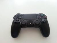 Sprzedam Pada do PS4 (używany)