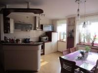 Na sprzedaż duże mieszkanie z balkonem - Chorzeń