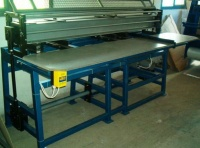Szczelinówko- wykrawarka, do produkcji opakowań kartonowych
