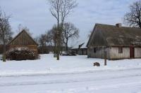 Gospodarstwo rolne z zabytkowym domem i zabud. o pow. 1,78