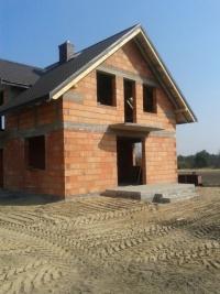 Dom w stanie surowym w Węglewie