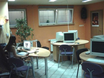Tenbit Tenbit Internet Caffe