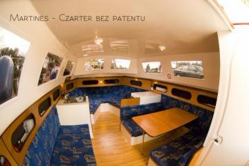 """""""Martines"""" czarter łodzi"""