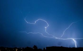 Po upalnym dniu nad Konin nadciąga burza.