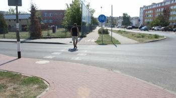 Mieszkańcy apelują do władz miasta o bezpieczne przejście dla dzieci