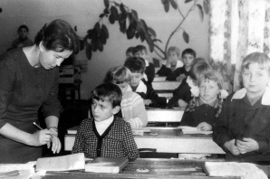 Lenin cytowany jak papież, a dzieci zasypiały na lekcjach