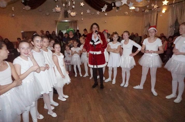 Golina. Spotkanie z Mikołajem w domu kultury. Wkrótce święta!
