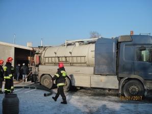 Pożar, wypadek i zalana piwnica. Strażacy z Turku w akcji