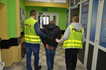Tuliszków. Policjanci zatrzymali włamywacza recydywistę
