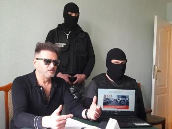 Rutkowski kontra policja. Na tropie kradzieży ubrań spod Turku