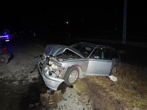 Wypadek w Starym Budzisławiu. Czołowe zderzenie dwóch samochodów