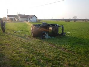 Zderzenie dwóch samochodów. Policja bada przyczyny wypadku