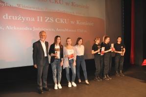 Konin. Puchary i dyplomy za VII Piknik Patriotyczno-Sportowy