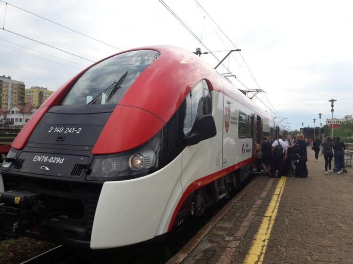 Ostatni pociąg w kierunku Poznania. Tory zamknięte na 2 lata