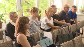 Trwa walka o przedszkole w Sławsku. Rodzice na sesji w Rzgowie