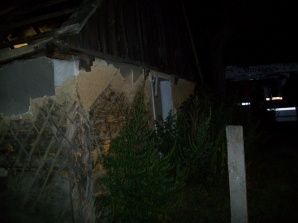 Pożar w Ciążeniu. Spłonął budynek przeznaczony do rozbiórki