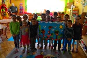 """Konin. Przedszkolaki z """"Piętnastki"""" uczą się składać origami"""