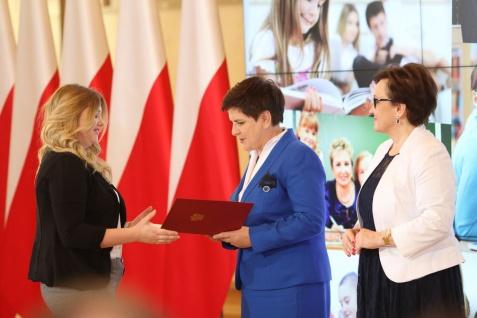 Uczennica ZSEU w gronie stypendystów Prezesa Rady Ministrów