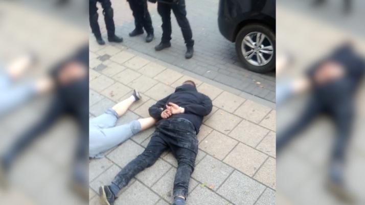 Trzynastu kibiców z zarzutami, czterech policjantów rannych