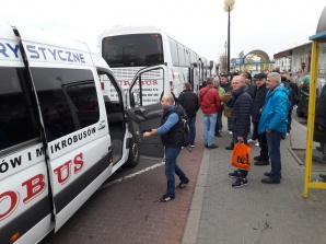 Górnicy nie tracą nadziei. Pojechali pikietować przed Sejmem