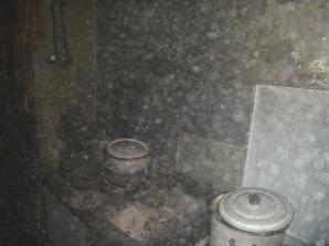 Pożar domu w Jarotkach. Poparzony mężczyzna trafił do szpitala