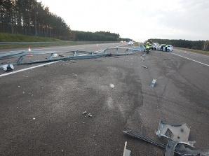 Leszcze. Na autostradzie A2 zderzyły się trzy samochody