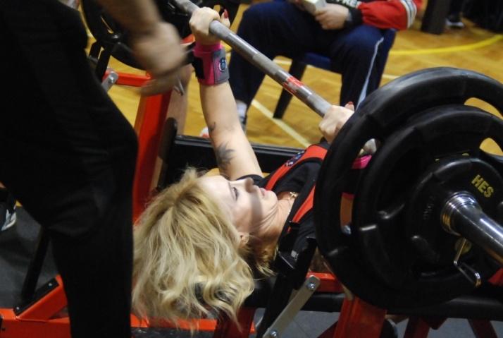 Wyciskali ponad 260 kg. I Mistrzostwa Konina Bench Press