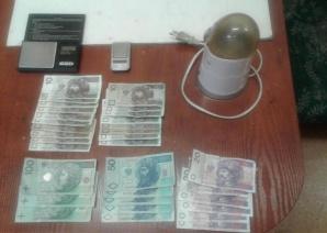 Konin. Dwa zarzuty dla 20-latka za handel i posiadanie marihuany