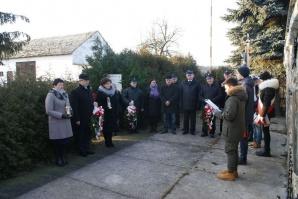 Rzgów. Obchody 73 rocznicy zamordowania rodziny Stuczyńskich