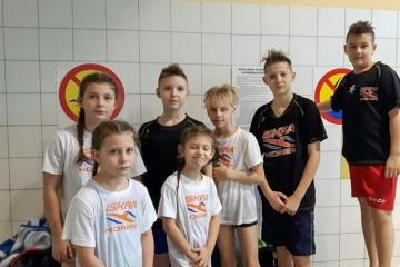 Czwarte miejsce Iskry w klasyfikacji drużynowej. Pływali w Mogilnie