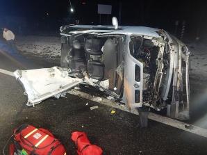 Kościelec. Wypadek na DK 92. Samochód przewrócony na bok