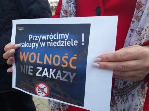 Konin. Platforma Obywatelska przeciw zakazowi handlu w niedzielę