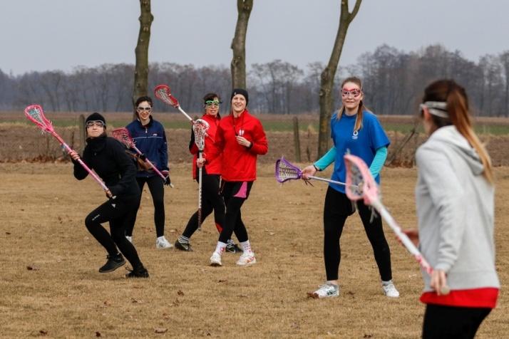 Najlepszy zespół Polski przywiózł lacrosse do Ostrowitego