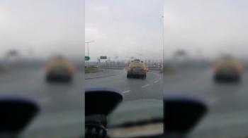 Konin. Kierowcy wciskają się na rondzie Miast Partnerskich