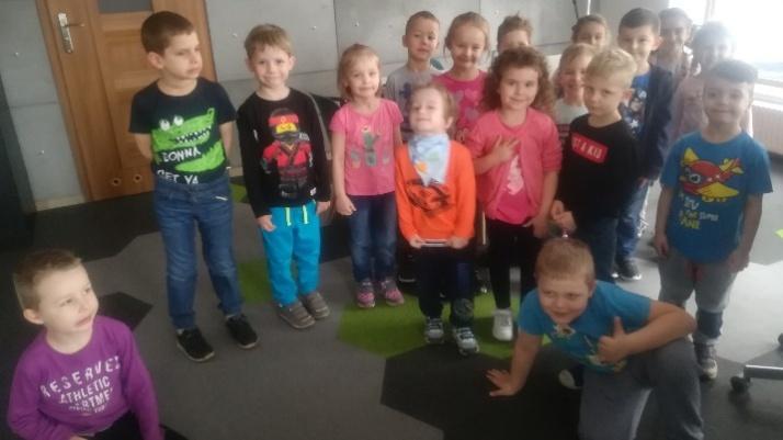 """Konin. """"Motylki"""" z Przedszkola nr 15 odwiedziły redakcję LM.pl"""