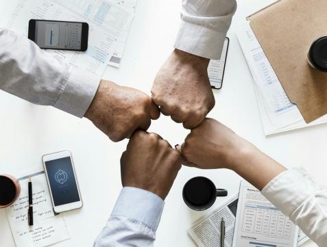 Pozabankowy kredyt dla zadłużonych dla osób prywatnych i firm