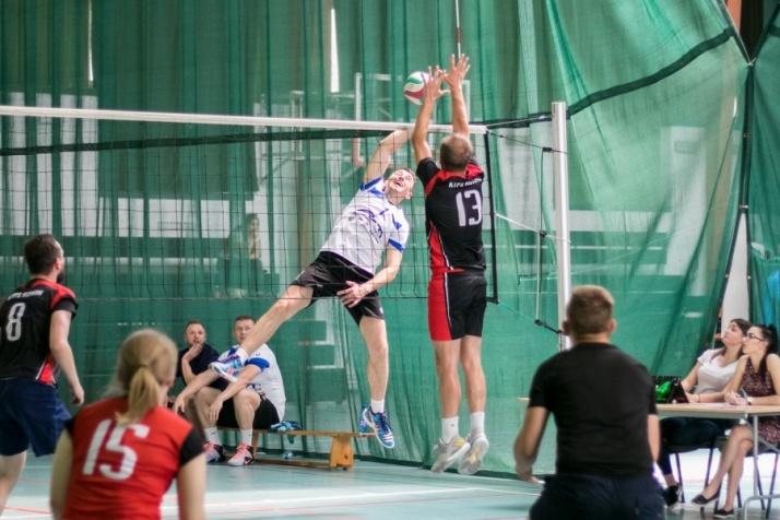 Team Stare Miasto wygrywa 6. Turniej Piłki Siatkowej AT Cup