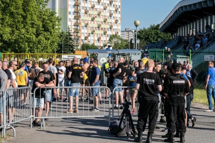 Aż 64 kibiców zatrzymanych podczas meczu Górnika z Elaną Toruń