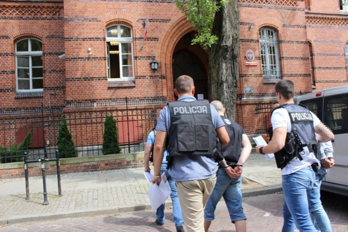 Wyroki dla 63 kibiców Górnika i Włocłavii po meczu w Toruniu