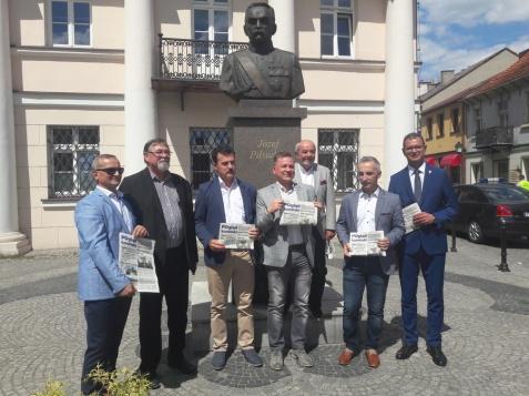 Radni Platformy Obywatelskiej wydali broszurę informacyjną