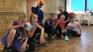 Artystyczne wakacje w KDK. Bezpłatne zajęcia dla dzieci i młodzieży