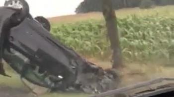 Wypadek w Pilichu. Kierowca wypadł z drogi i dachował w rowie