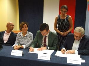 Instalacje fotowoltaiczne w czterech gminach. Umowa podpisana
