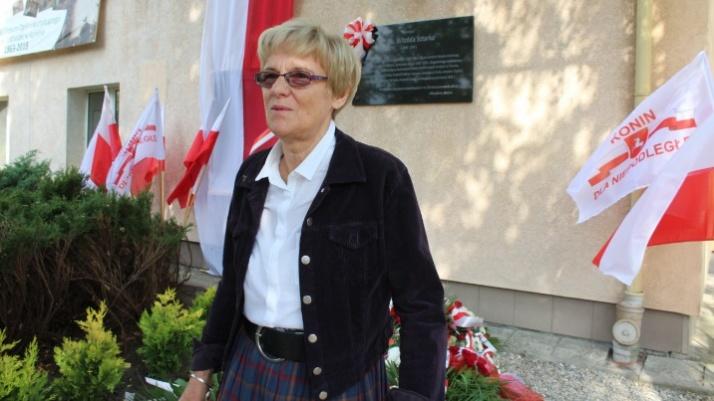Konin. Tablica poświęcona płk. Witoldowi Sztarkowi  na murach I LO